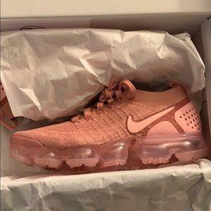 Rust pink Nike Vapormax!